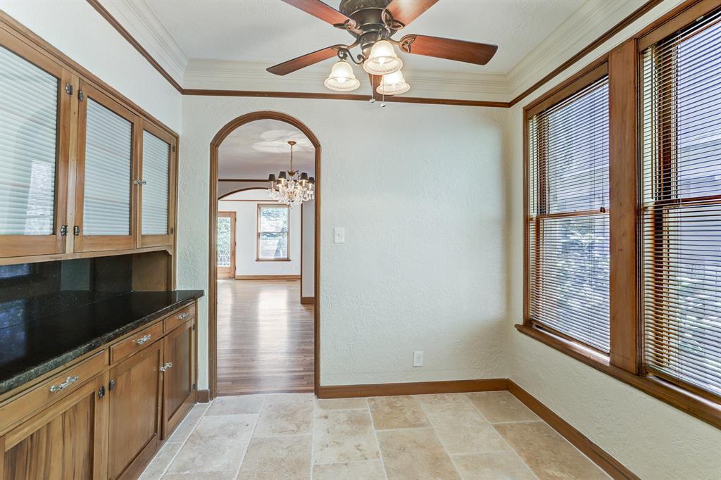 Active | 407 Westmoreland  Street Houston, TX 77006 19