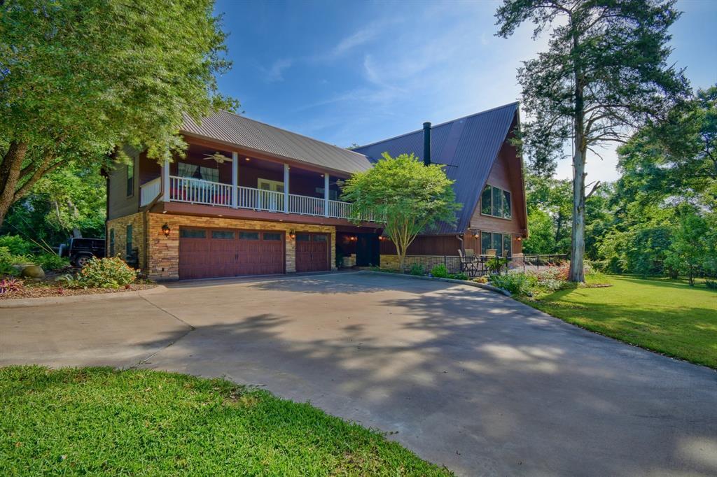 Custom Home in Brenham on 5 ac. Pond & Fabulous Landscape | 306 Hickory Bend  Road Brenham, TX 77833 2