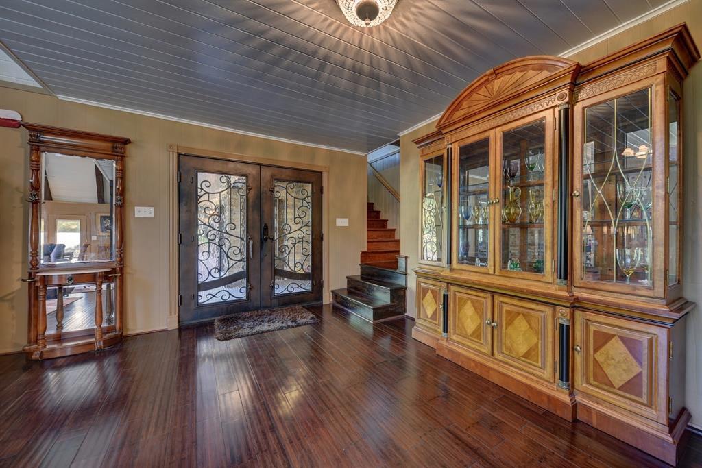 Custom Home in Brenham on 5 ac. Pond & Fabulous Landscape | 306 Hickory Bend  Road Brenham, TX 77833 17