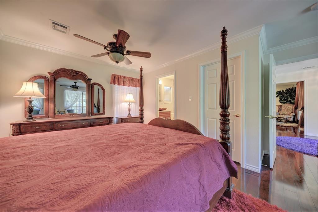 Custom Home in Brenham on 5 ac. Pond & Fabulous Landscape | 306 Hickory Bend  Road Brenham, TX 77833 24