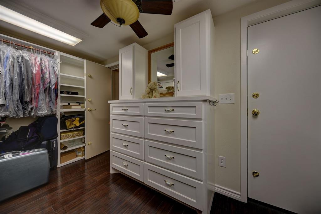 Custom Home in Brenham on 5 ac. Pond & Fabulous Landscape | 306 Hickory Bend  Road Brenham, TX 77833 29