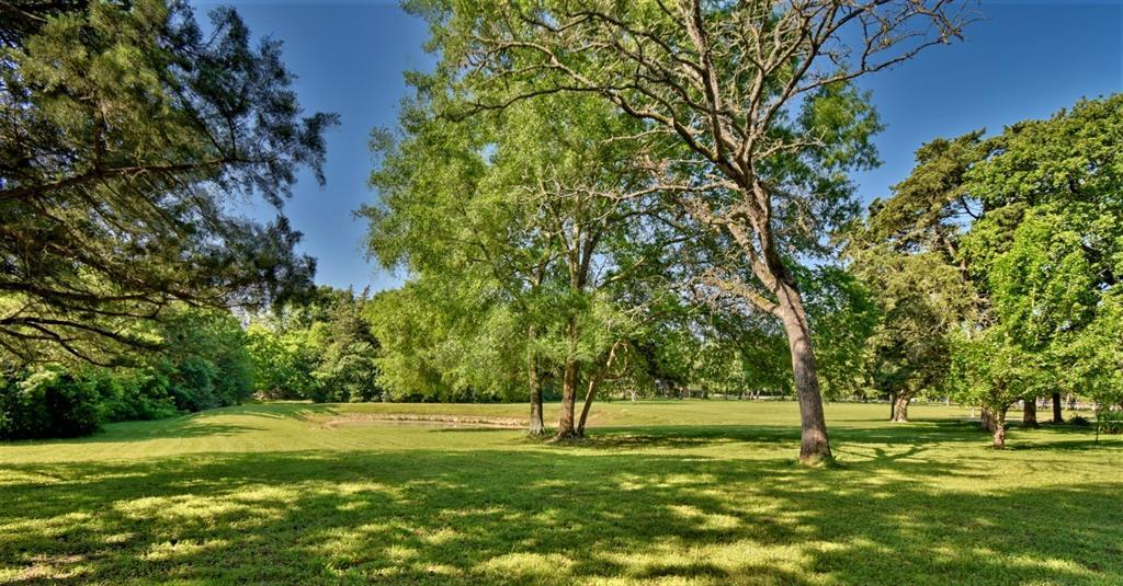 Custom Home in Brenham on 5 ac. Pond & Fabulous Landscape | 306 Hickory Bend  Road Brenham, TX 77833 31