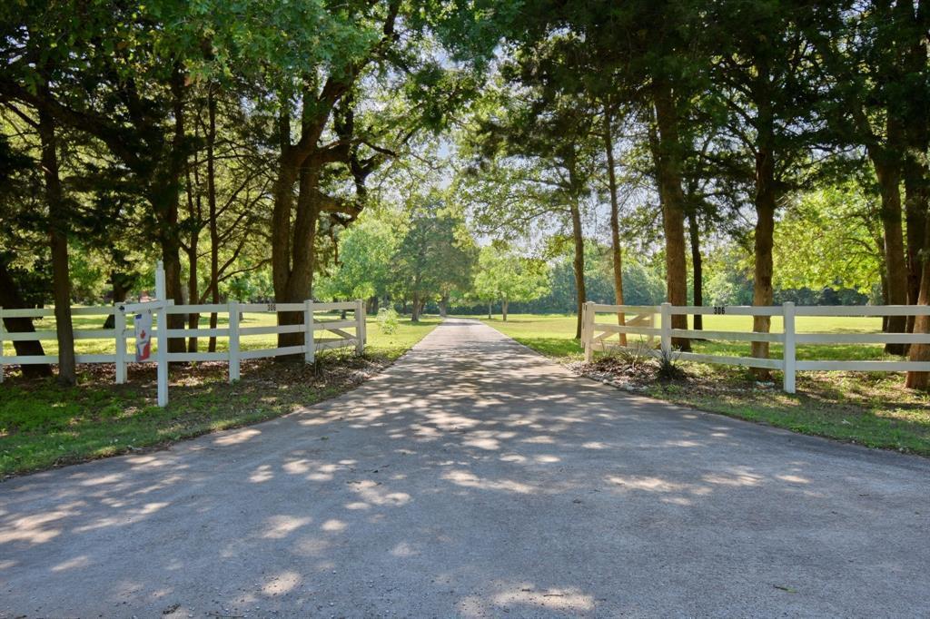 Custom Home in Brenham on 5 ac. Pond & Fabulous Landscape | 306 Hickory Bend  Road Brenham, TX 77833 34
