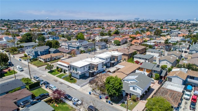 Active Under Contract   2203 Ruhland  Avenue #B Redondo Beach, CA 90278 13