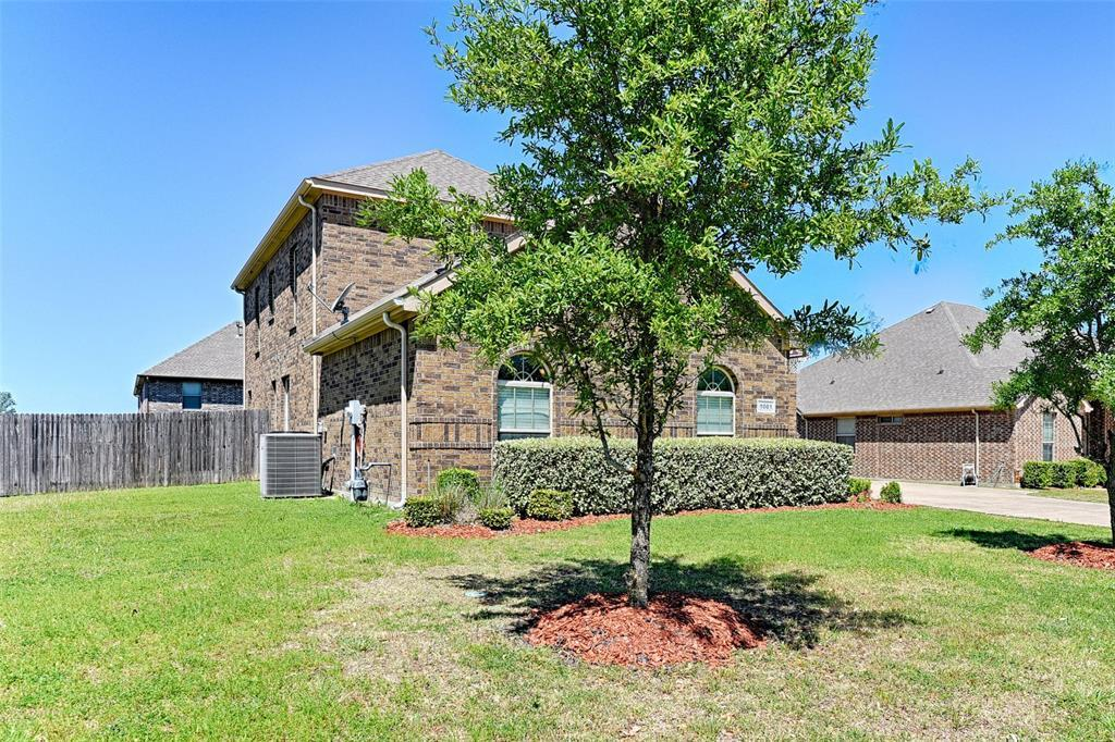 Sold Property | 1001 Kittery Drive DeSoto, TX 75115 4