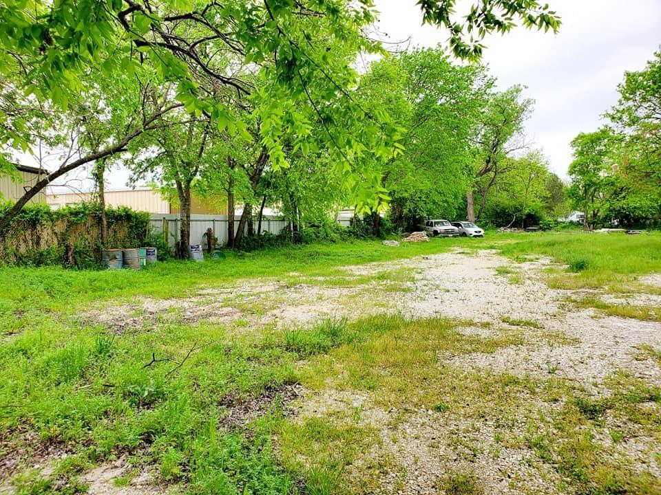 Pending | 113 Russell  Street White Settlement, TX 76108 2
