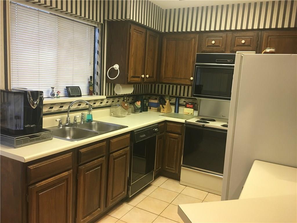 Sold Property | 401 Pebble Way #237 Arlington, Texas 76006 8