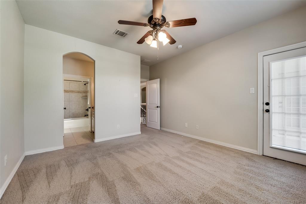 Active   5233 El Campo Avenue Fort Worth, Texas 76107 24