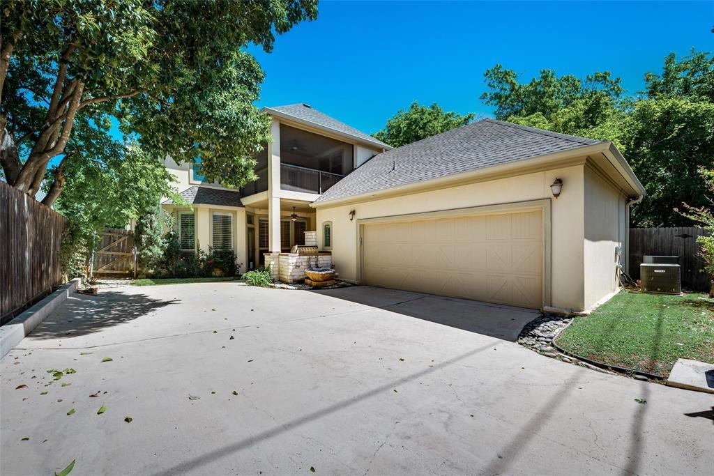 Active   5233 El Campo Avenue Fort Worth, Texas 76107 32