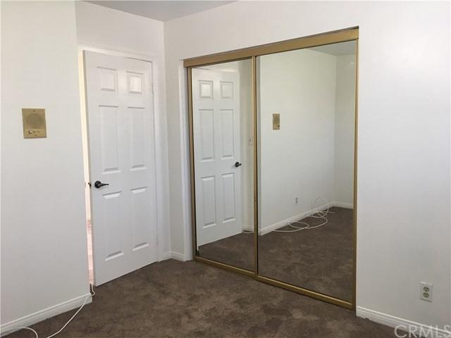 Closed   4921 W 119th  Place Hawthorne, CA 90250 12