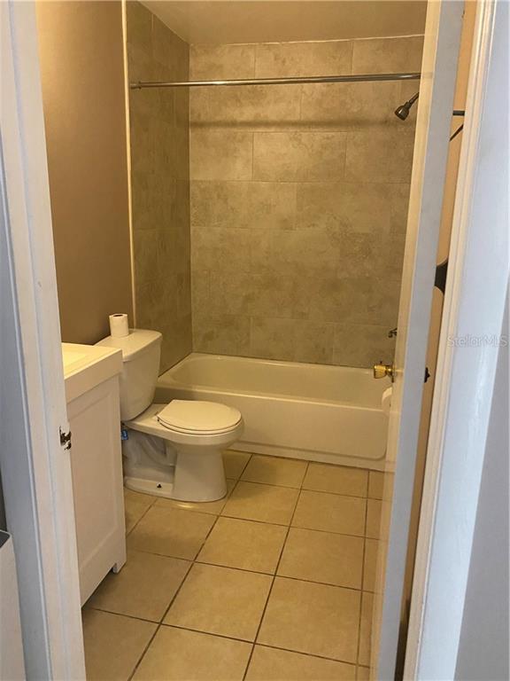 Sold Property | 5031 BORDEAUX VILLAGE  PLACE #201 TAMPA, FL 33617 8