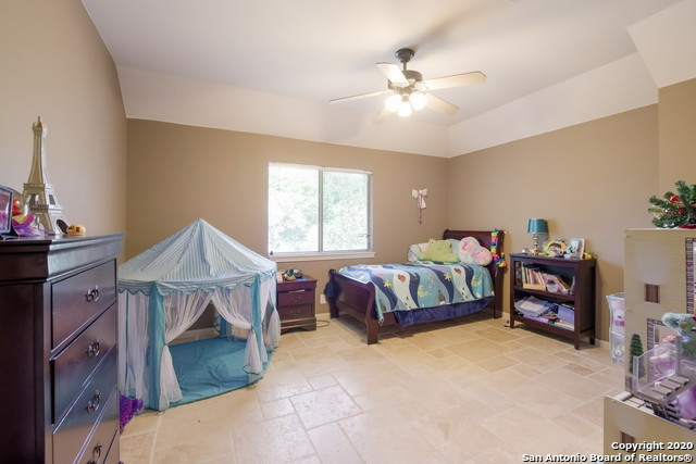Active | 23011 STEEPLE BLUFF San Antonio, TX 78256 31