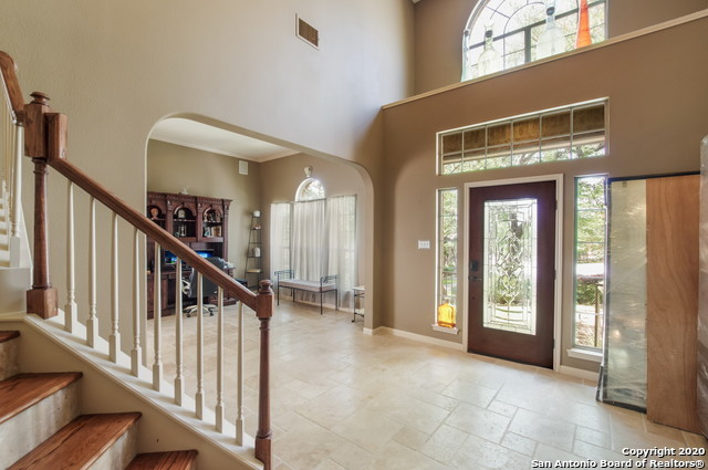 Active | 23011 STEEPLE BLUFF San Antonio, TX 78256 5