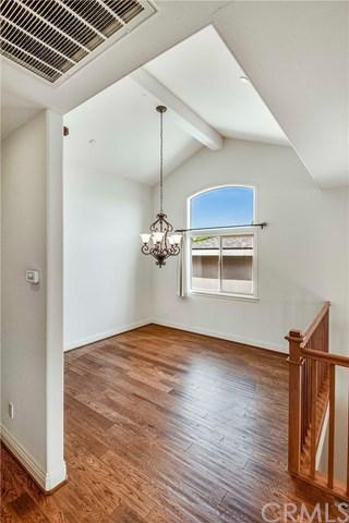 Active | 511 N Maria Avenue #B Redondo Beach, CA 90277 9