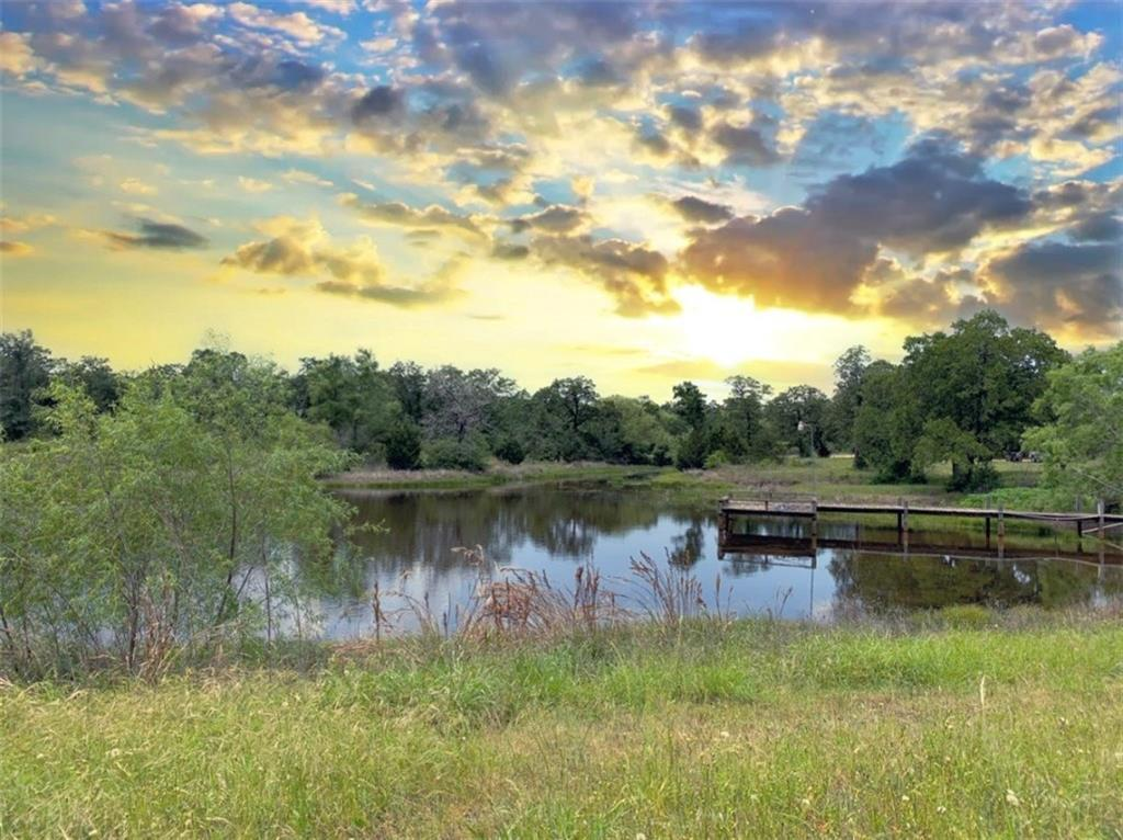 Pending | 1630 Wood Haven  DR Waelder, TX 78959 1