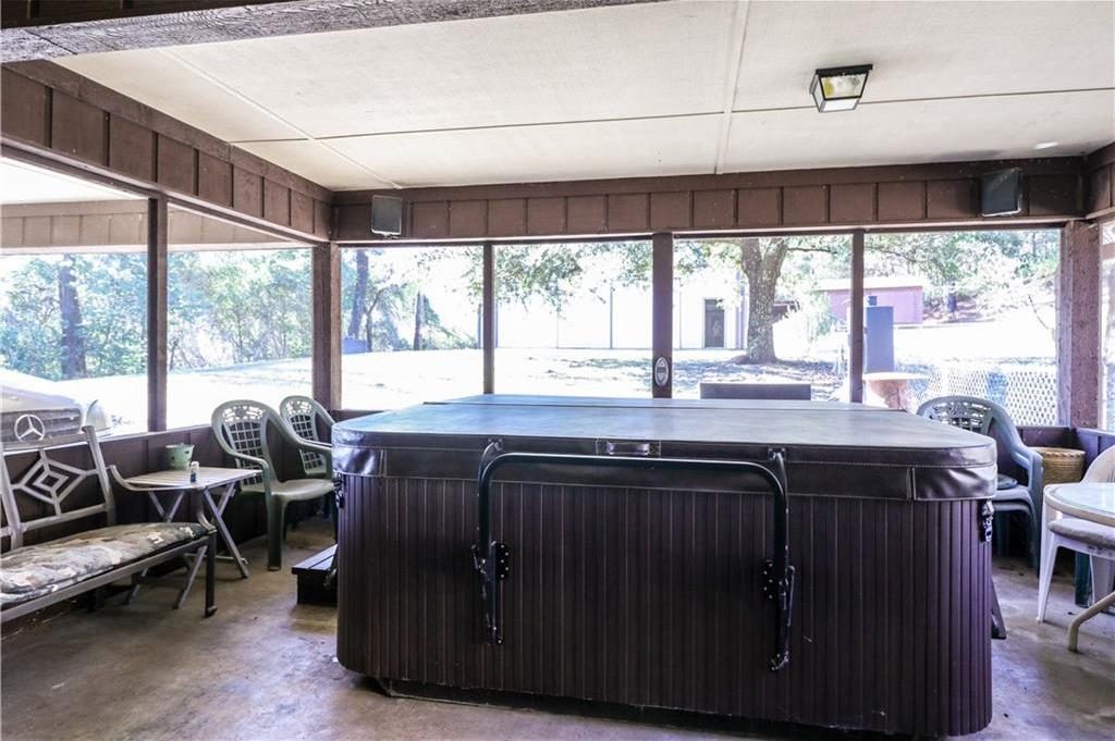 Sold Property   1301 Caddo Trail Daingerfield, Texas 75638 33