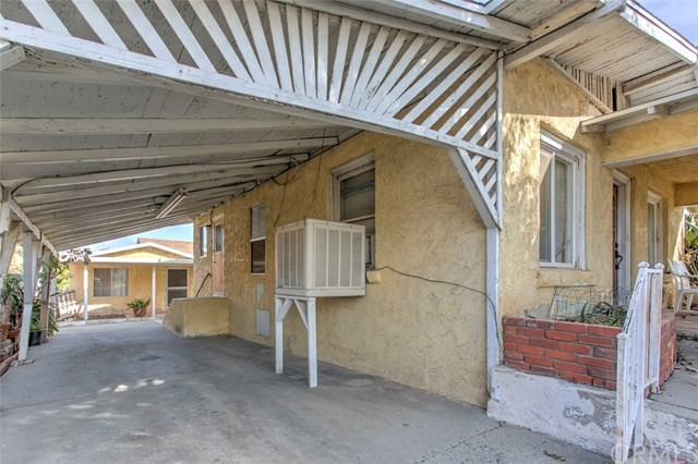 Closed | 2679 11th Street Riverside, CA 92507 13