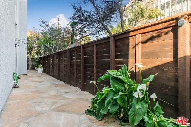 Active Under Contract | 8329 PERSHING Drive Playa del Rey, CA 90293 9