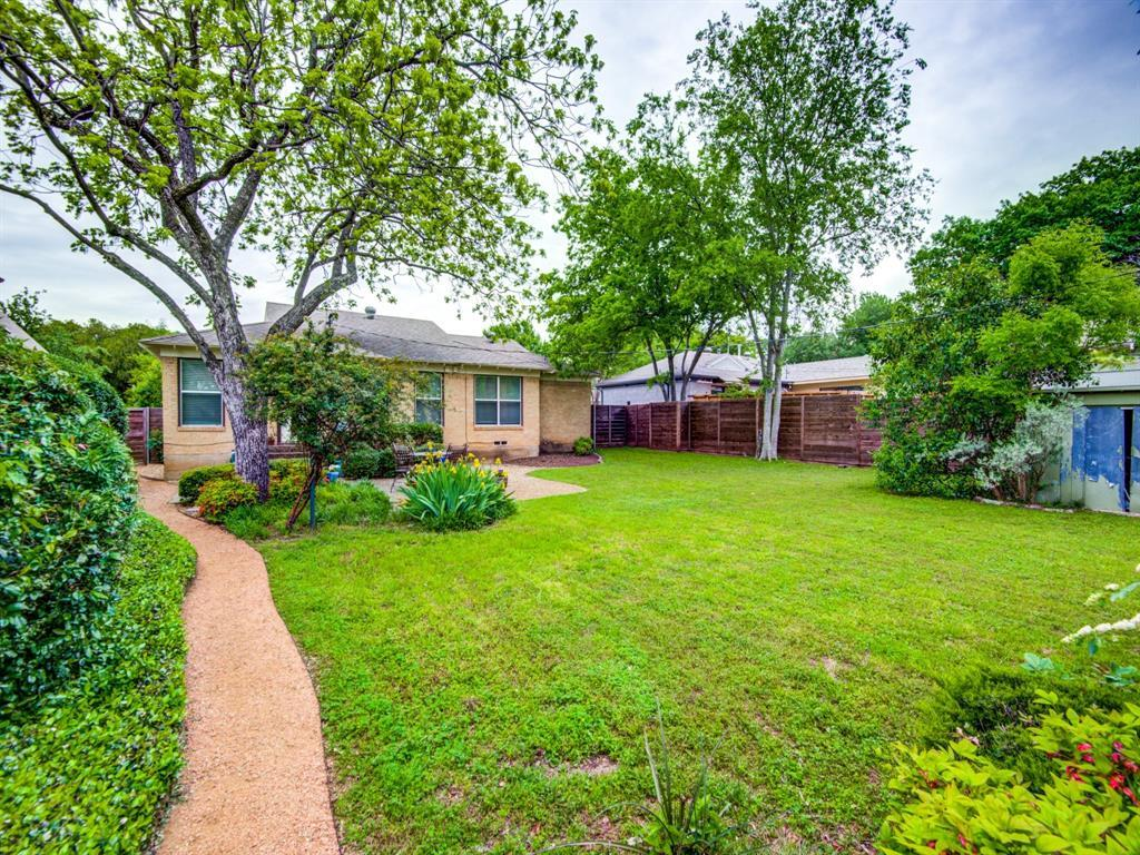 Pending | 4030 Rochelle Drive Dallas, TX 75220 31