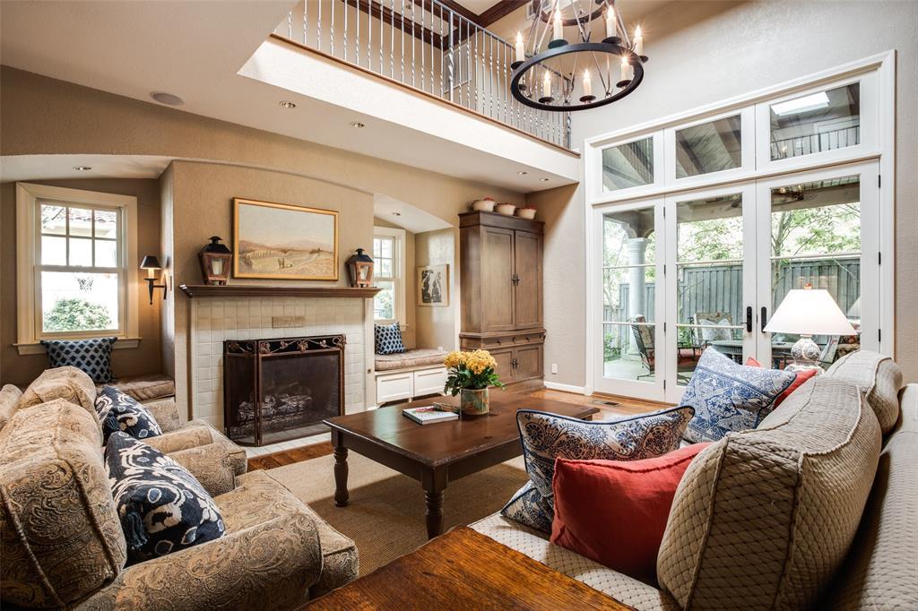 Sold Property | 6657 Lakewood  Boulevard Dallas, TX 75214 12