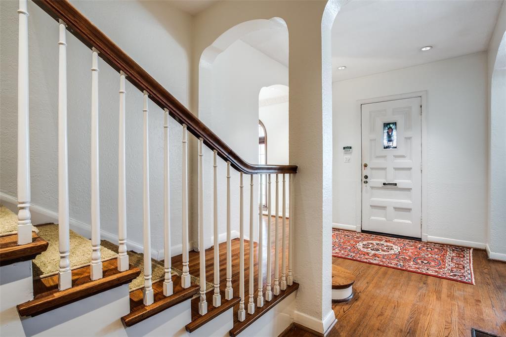 Sold Property | 6657 Lakewood  Boulevard Dallas, TX 75214 5