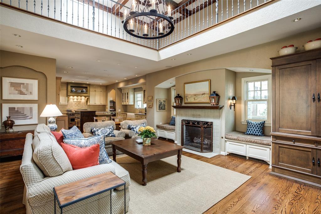 Sold Property | 6657 Lakewood  Boulevard Dallas, TX 75214 10