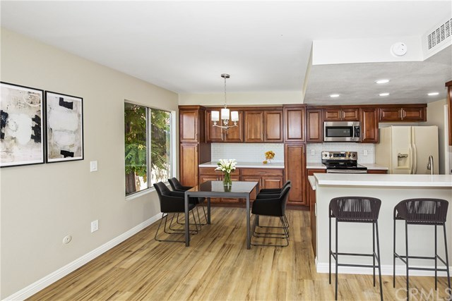 Closed | 1517 E Garfield  Avenue #35 Glendale, CA 91205 1
