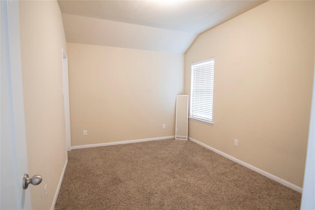 Pending | 9331 Fuqua Ridge Lane Houston, TX 77075 2