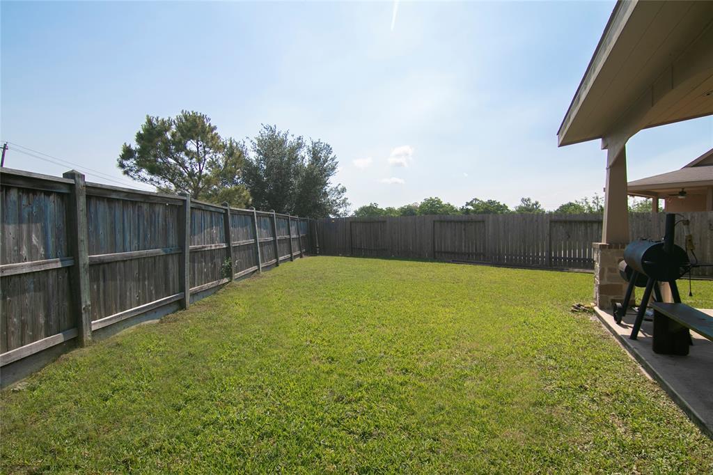 Pending | 9331 Fuqua Ridge Lane Houston, TX 77075 7