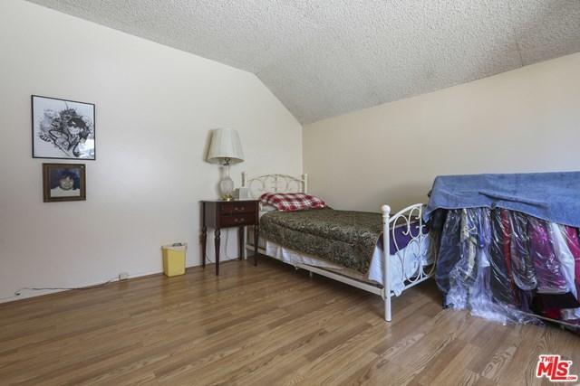 Closed | 2272 ELMDALE Avenue Simi Valley, CA 93065 42