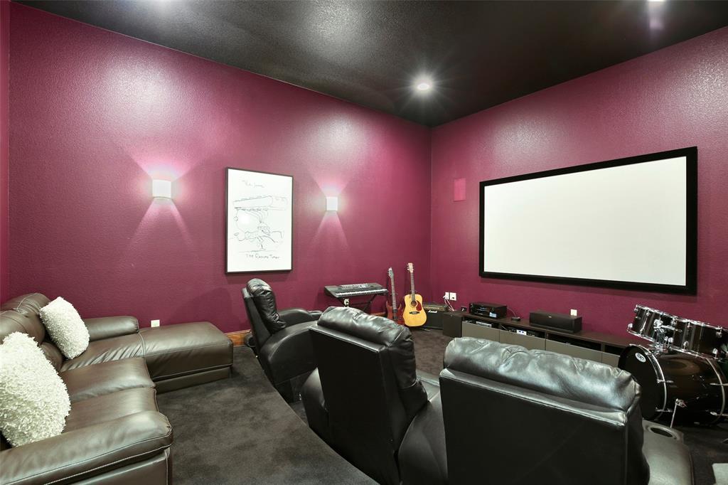 Dallas Luxury Real Estate | 7018 Duffield  Drive Dallas, TX 75248 18