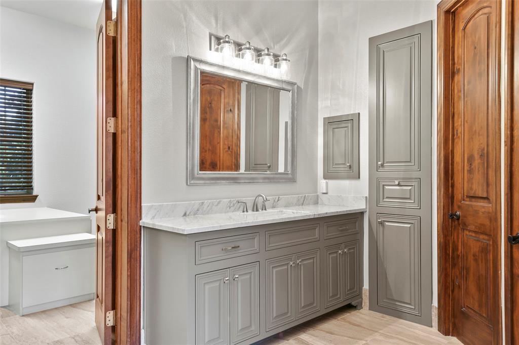 Dallas Luxury Real Estate | 7018 Duffield  Drive Dallas, TX 75248 22