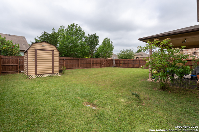 Active Option | 13300 Toppling Ln Live Oak, TX 78233 40