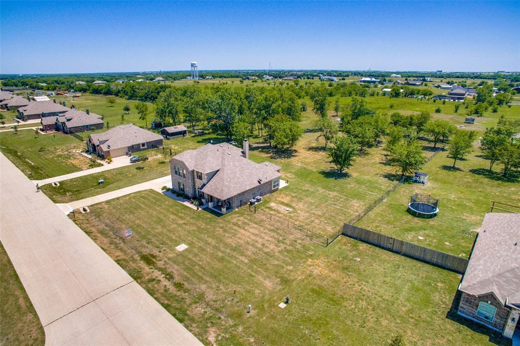 Sold Property   112 Cardiff Lane Waxahachie, Texas 75167 2