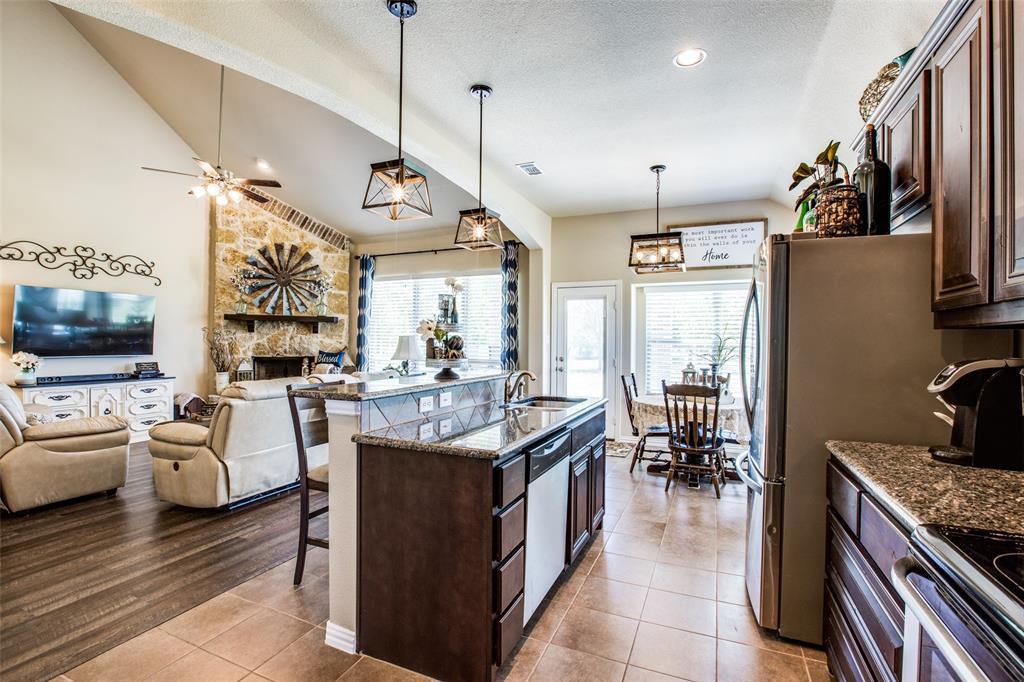 Sold Property   112 Cardiff Lane Waxahachie, Texas 75167 12