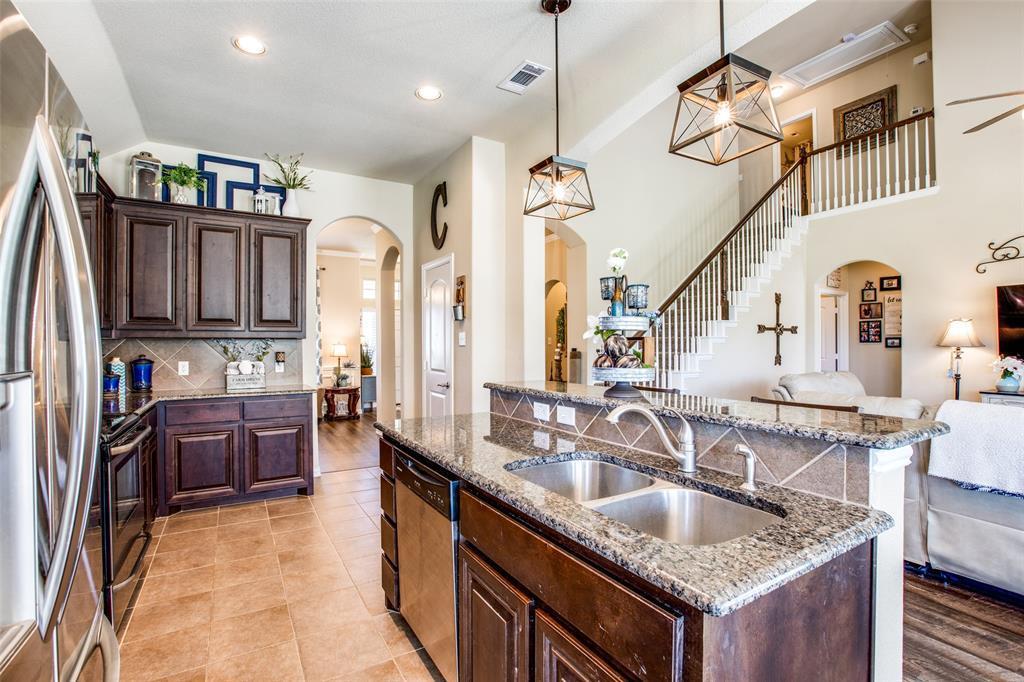 Sold Property   112 Cardiff Lane Waxahachie, Texas 75167 14