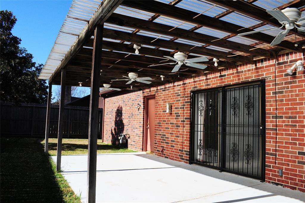 Active   12119 Burgoyne  Drive Houston, TX 77077 13