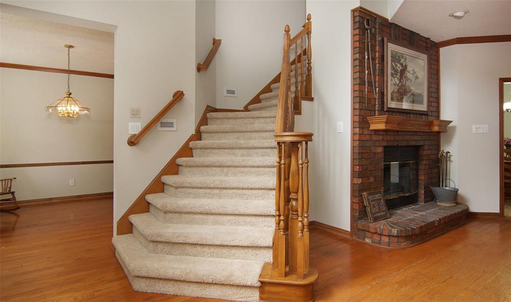 Sold Property   2004 Ridgemont  Court Arlington, TX 76012 18