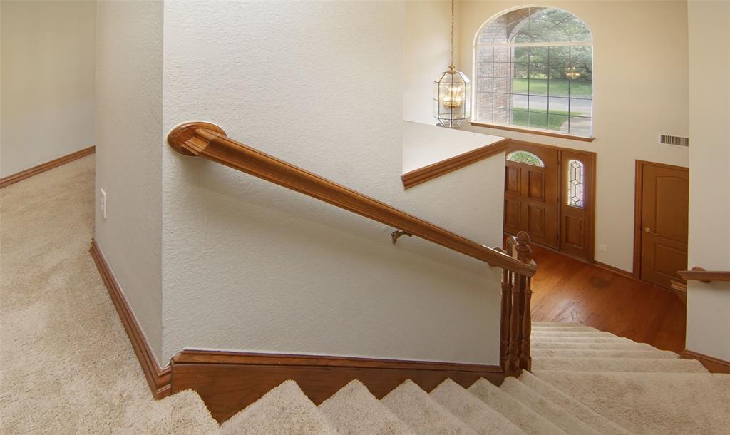 Sold Property   2004 Ridgemont  Court Arlington, TX 76012 19
