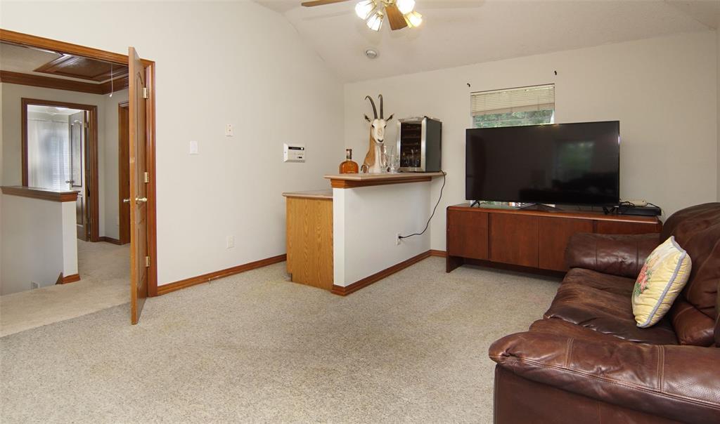 Sold Property   2004 Ridgemont  Court Arlington, TX 76012 21