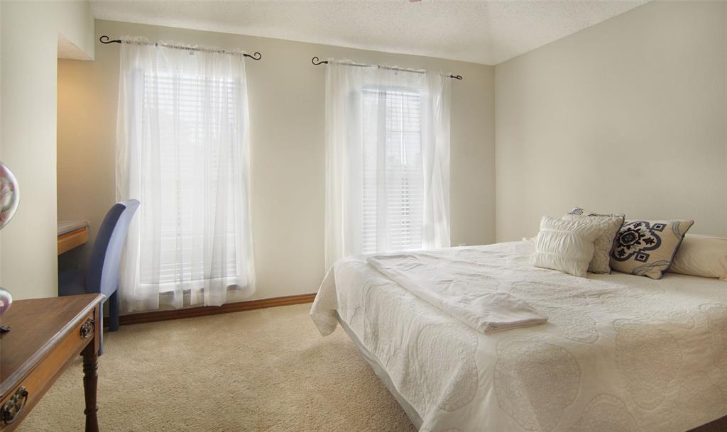 Sold Property   2004 Ridgemont  Court Arlington, TX 76012 22