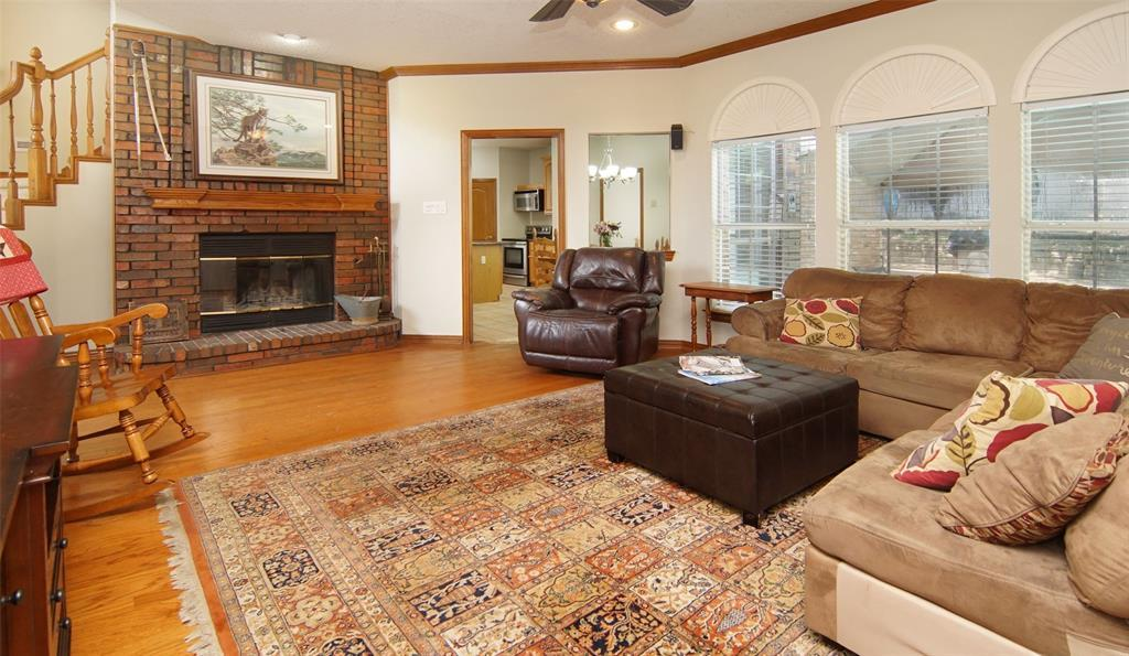 Sold Property   2004 Ridgemont  Court Arlington, TX 76012 6