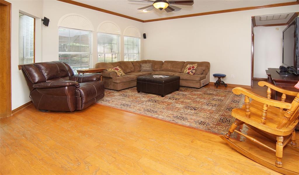 Sold Property   2004 Ridgemont  Court Arlington, TX 76012 7