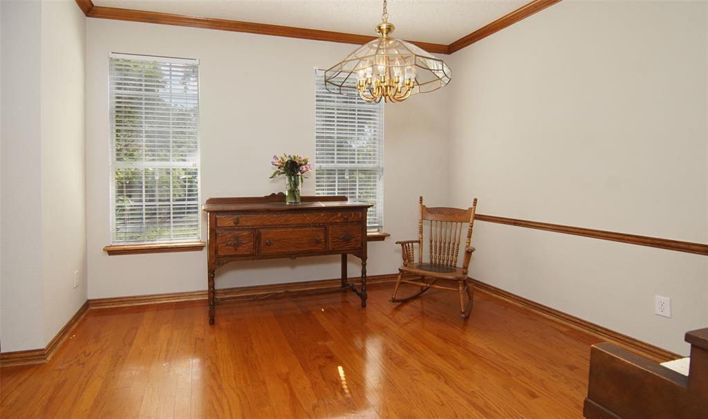 Sold Property   2004 Ridgemont  Court Arlington, TX 76012 9