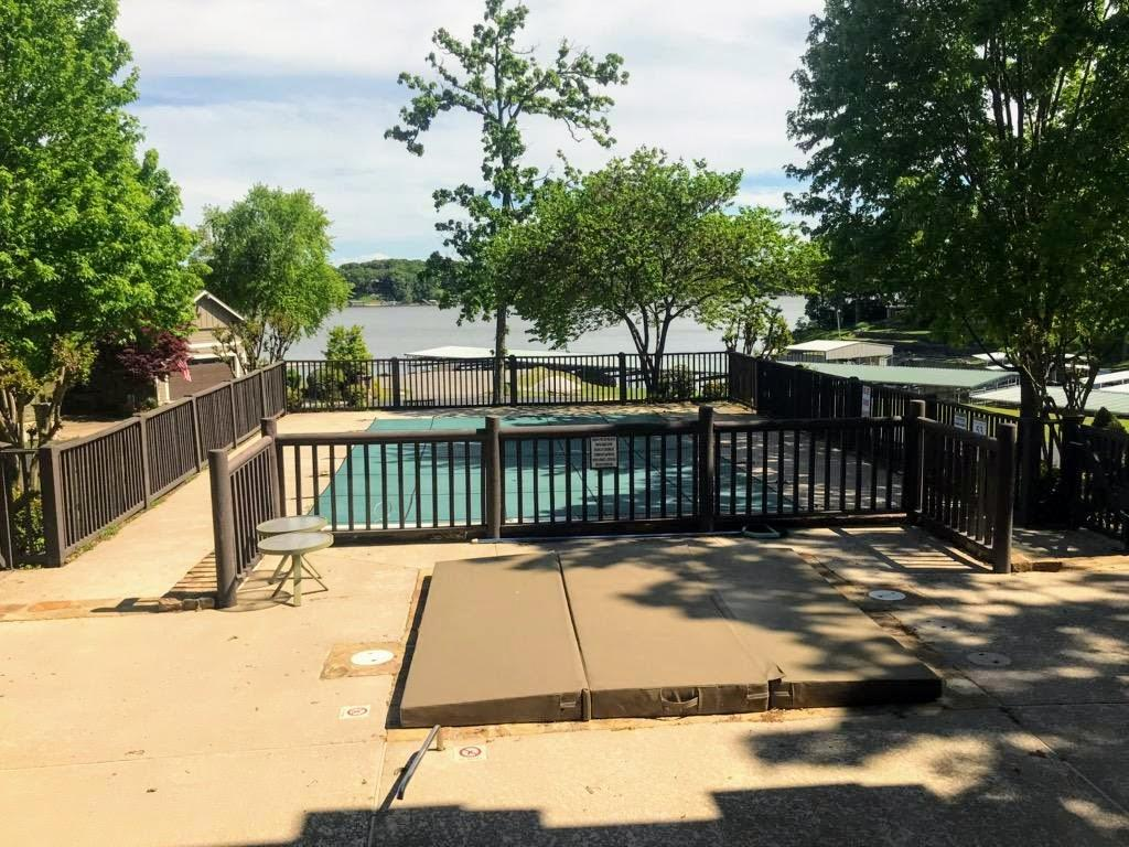 Active | Lot 111 Upper Waterfall Road Grove, OK 74344 4