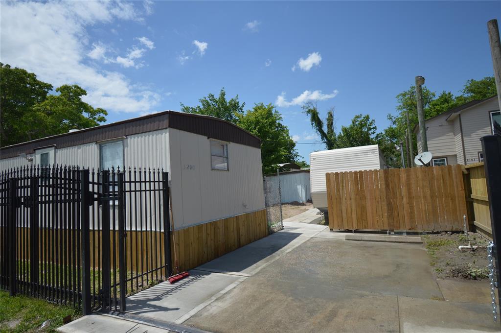 Off Market | 14424 Maeline Street Houston, Texas 77039 17