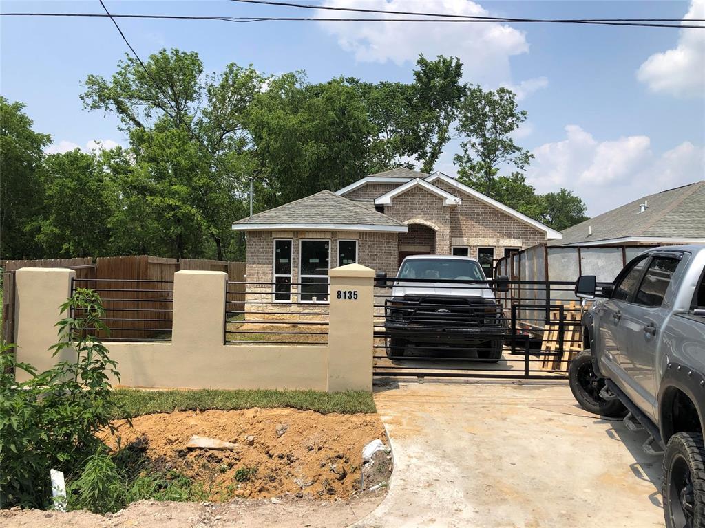 Active | 8135 Chateau  Street Houston, TX 77028 2
