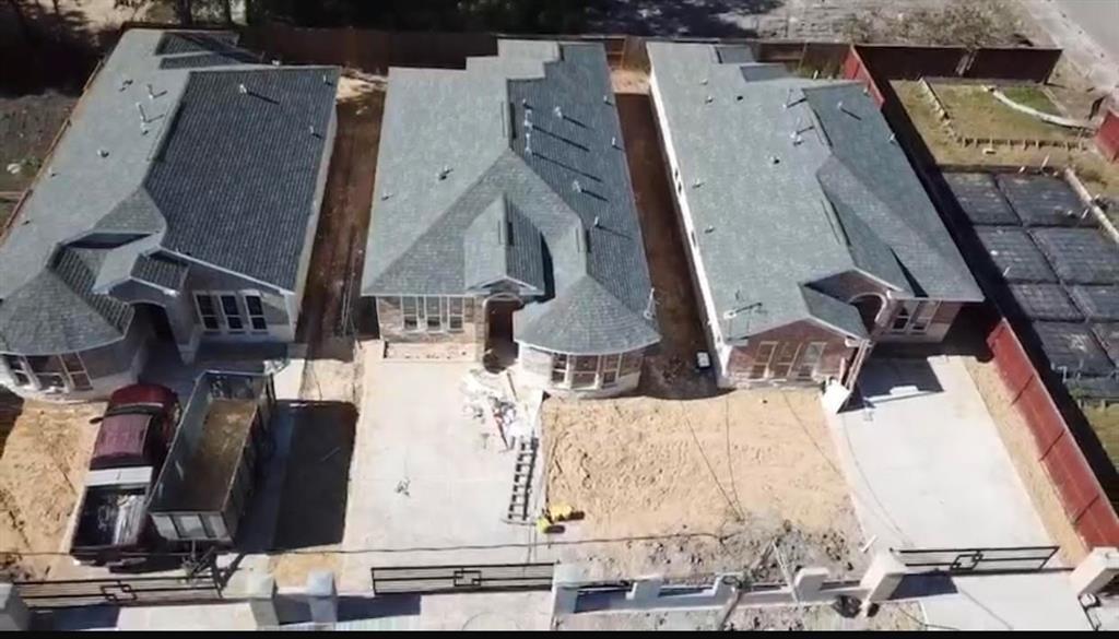 Active | 8135 Chateau  Street Houston, TX 77028 6