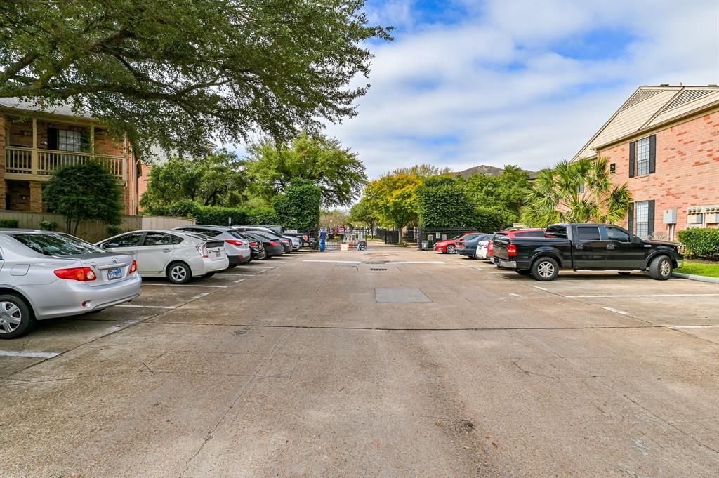 Off Market | 2255 Braeswood Park  Drive #102 Houston, TX 77030 25