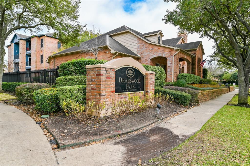 Off Market | 2255 Braeswood Park  Drive #102 Houston, TX 77030 27